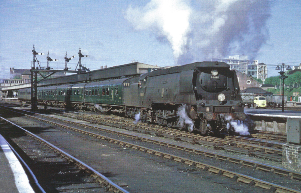 Set no. 777 Exeter Central May 1964